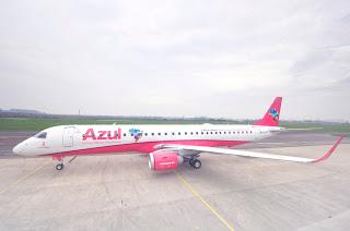 Azul muda site e leva avião rosa a nove cidades