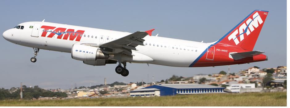 Azul e TAM lançam passagem por R$ 59 para concorrer com a Azul nos voos do Rio para Brasília