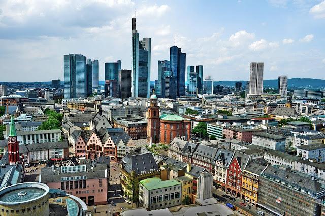 Promoção de passagens de ida e volta para Frankfurt a partir de R$ 1,6 mil