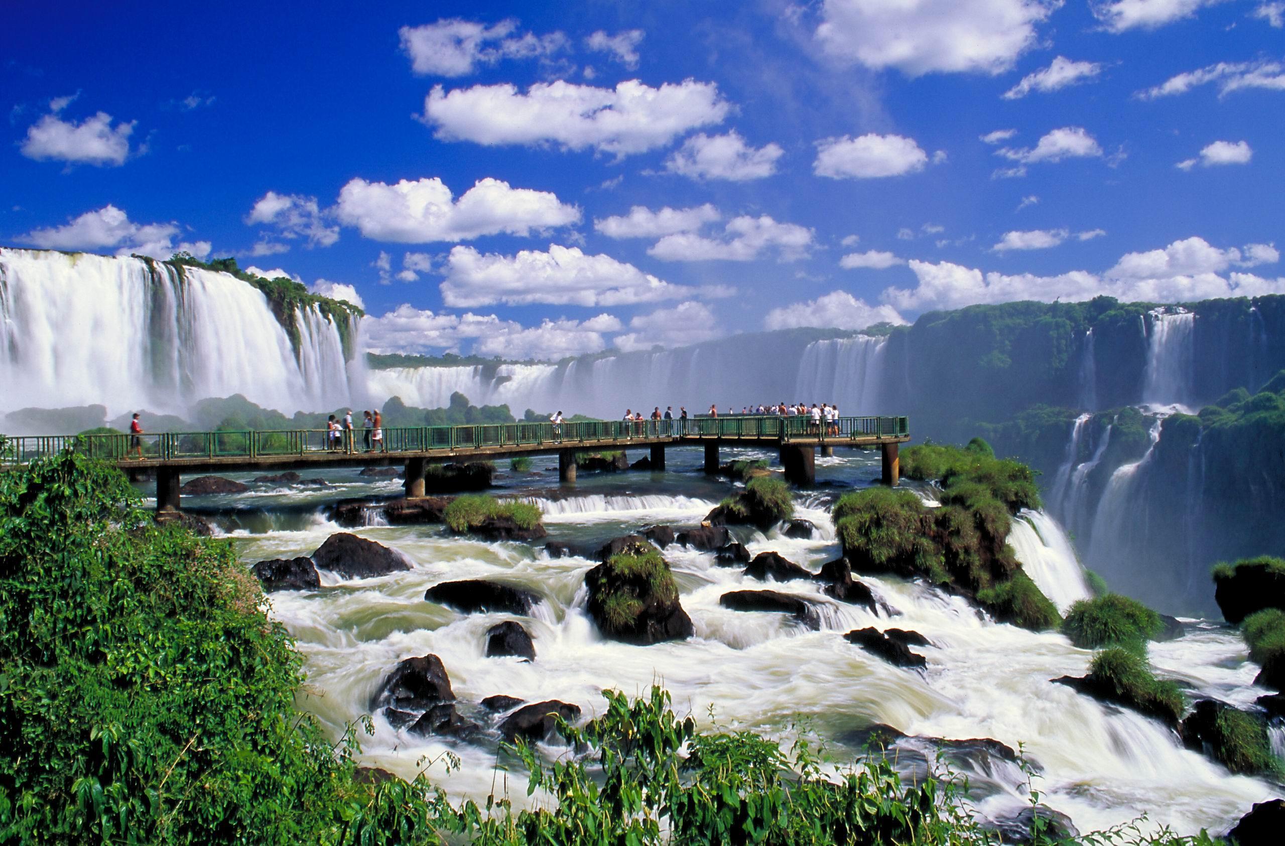 Avianca vende passagens por R$ 179 do seu segundo voo direto de Guarulhos para Foz do Iguaçu