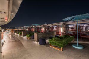 Conheça o hotel de luxo no edifício mais alto de Chicago