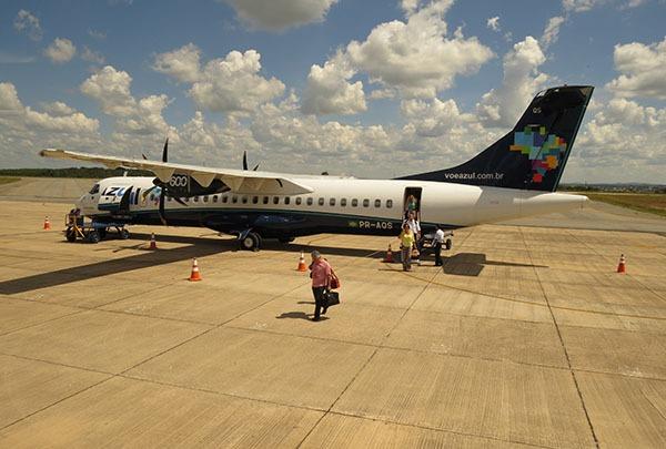 Divinópolis fica sem voos por causa de dívida da prefeitura com empresa que administrava o aeroporto