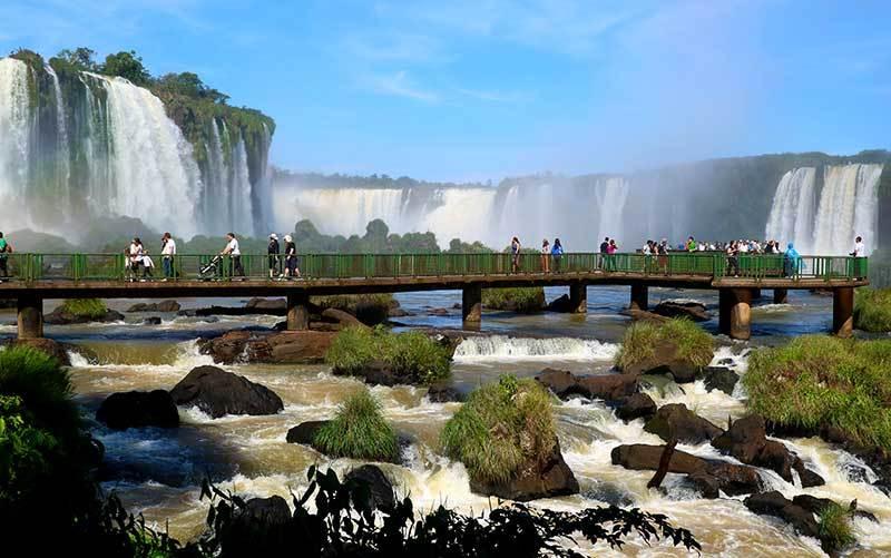 Promoção de passagens de ida e volta para Foz do Iguaçu a partir de R$ 360
