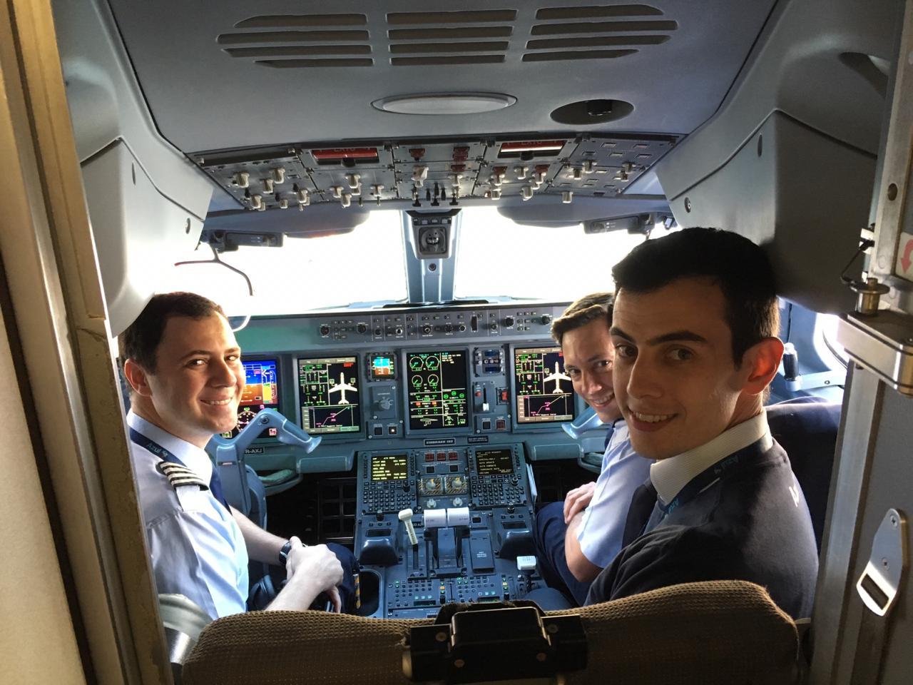 Confira as fotos e vídeos da estreia da Azul na ponte aérea Rio/SP