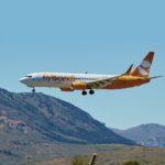 Low cost Flybondi aumenta voos para o Brasil; saiba tudo sobre a companhia