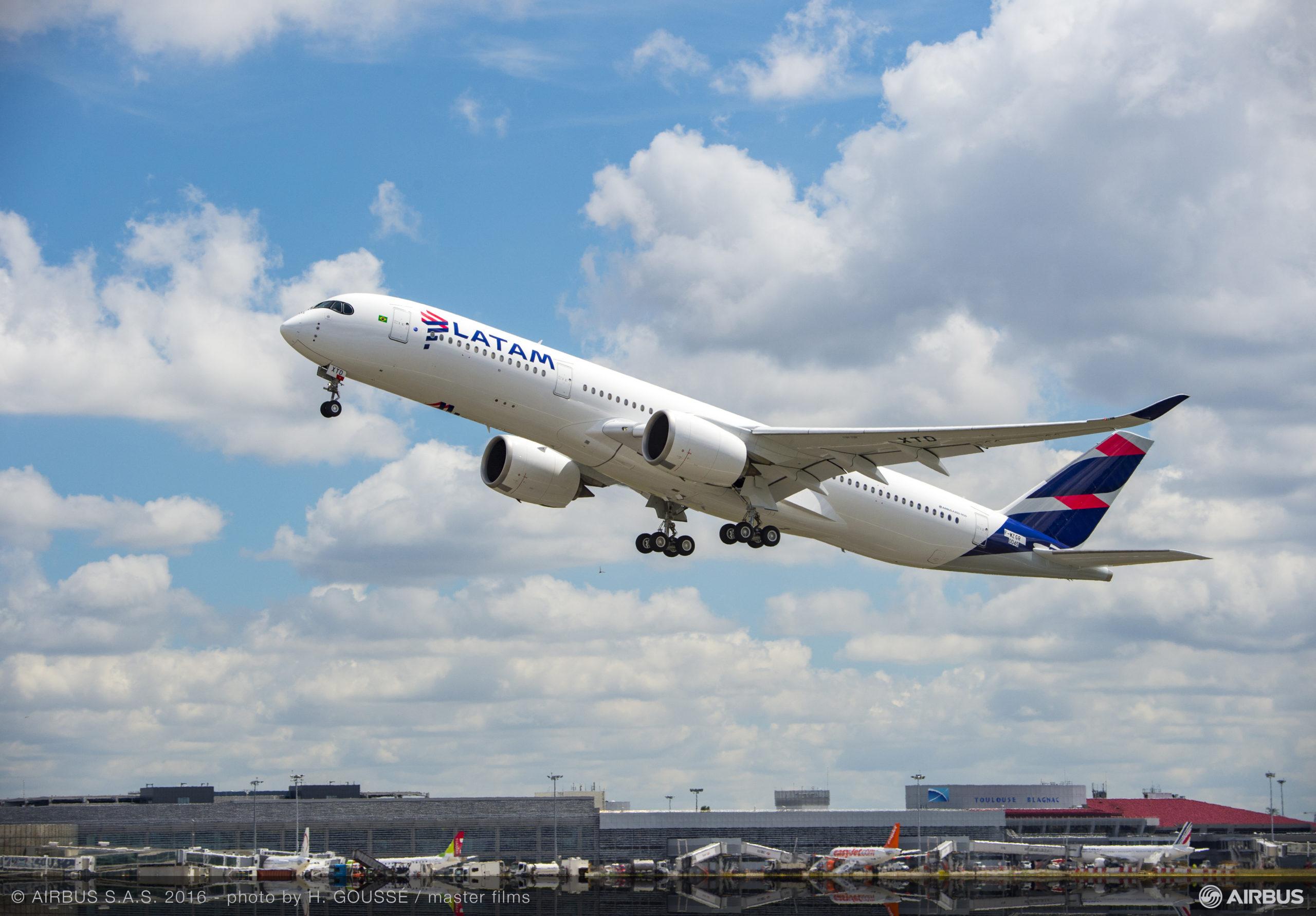 LATAM vende passagens dos voos da ponte aérea Rio/SP por R$ 4,7 mil