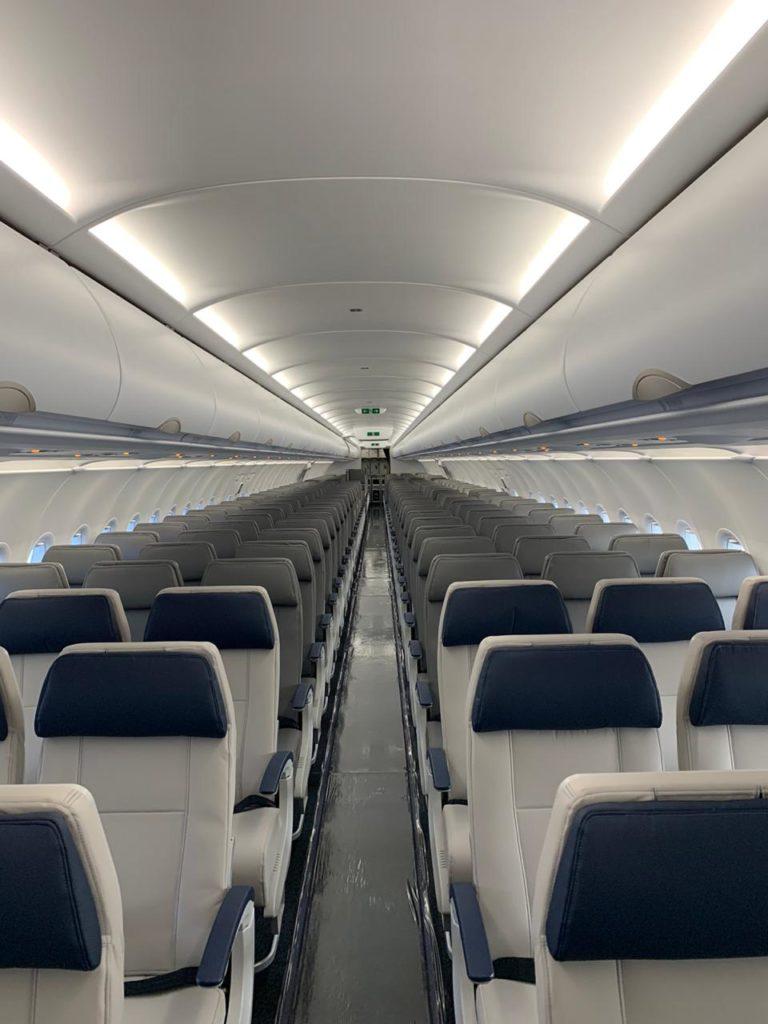 Interior A321 Azul