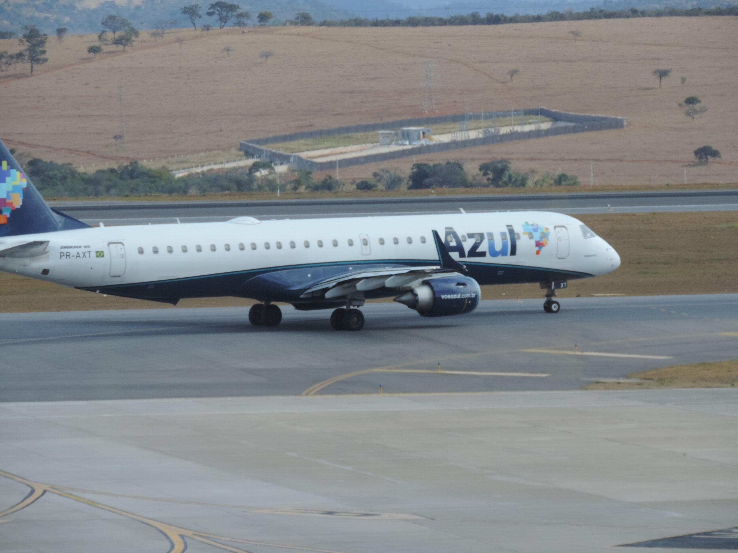 Azul terá 57 voos extras em 16 aeroportos no feriado de 12 outubro