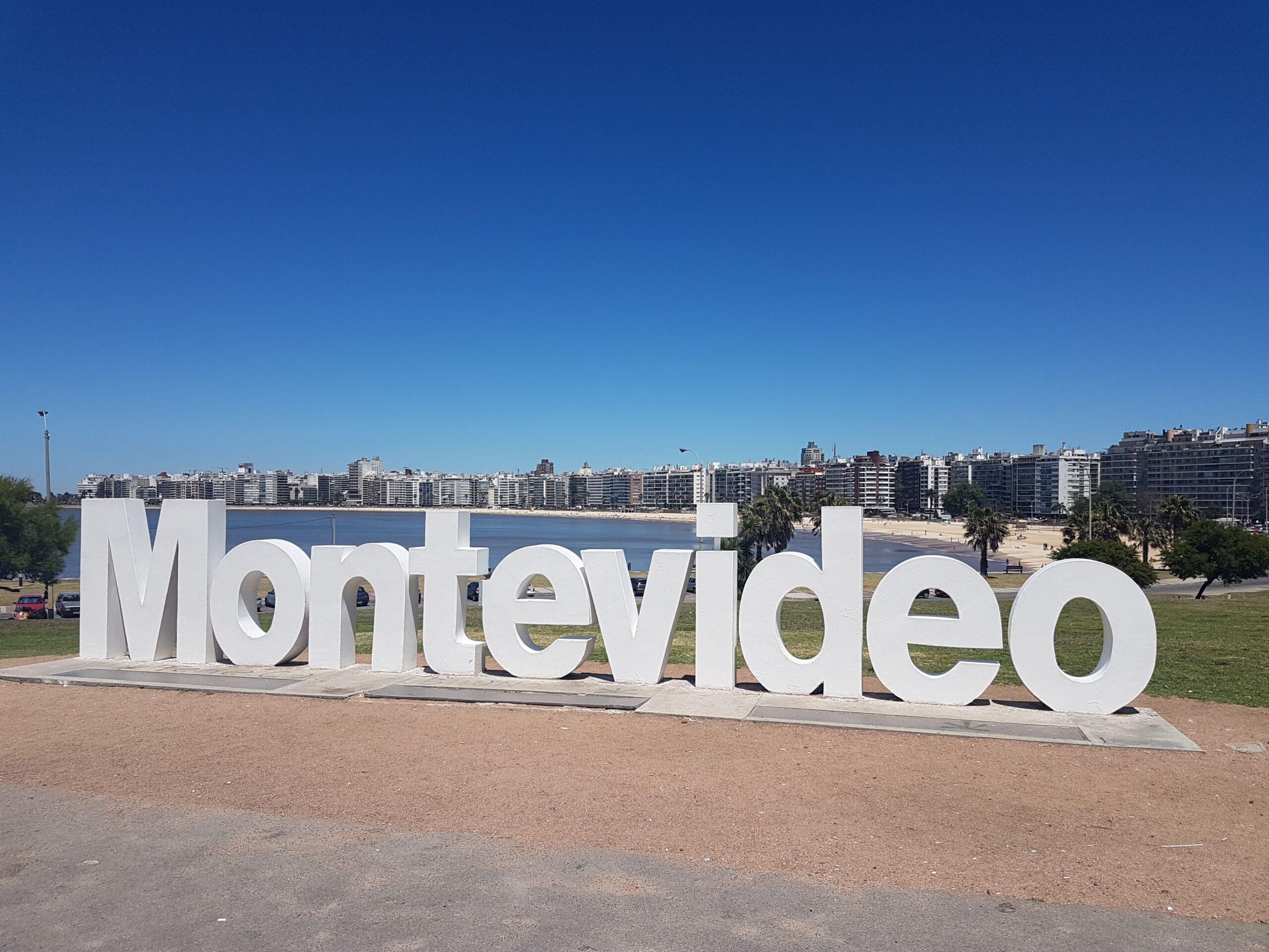 Azul anuncia retoma operações para Montevidéu e Punta del Este