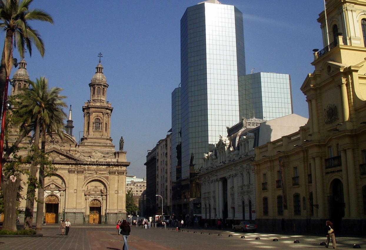 Chile reabre as fronteiras para estrangeiros a partir de 1 de outubro; confira promoções de passagens saindo do Brasil